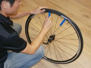 自転車の 自転車 パンク修理 料金 : 港北店パンク修理講習会 2012年 ...