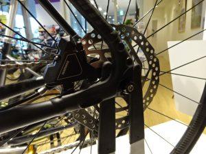DISCクロスバイクのスタンド